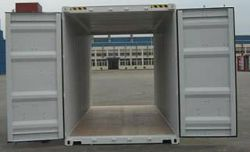 213_7_30-container-doppeltuer