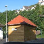 Sanitaercontainer aussen Holzfassade